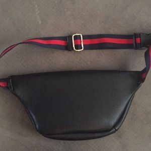 Gucci Bags - Authentic Gucci Fanny pack